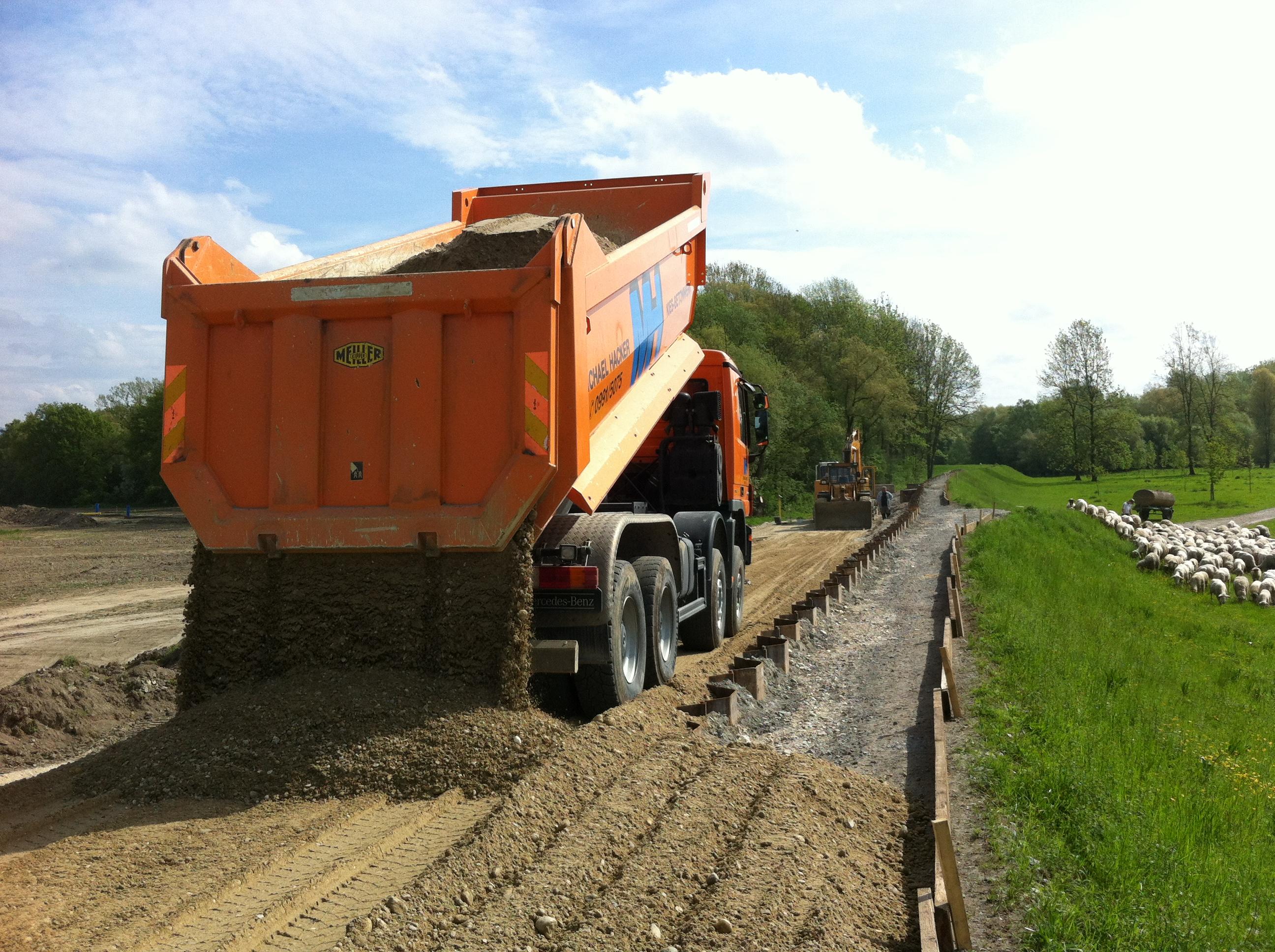 Ref Bild 2 Hochwasserschutz Isardamm Sanierung 2013